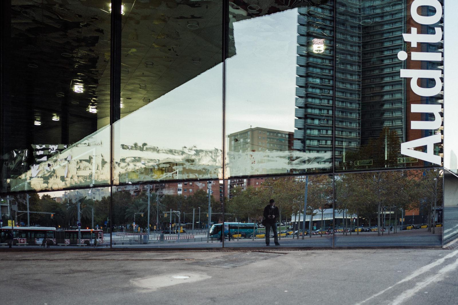 Barcelona Street-1080097