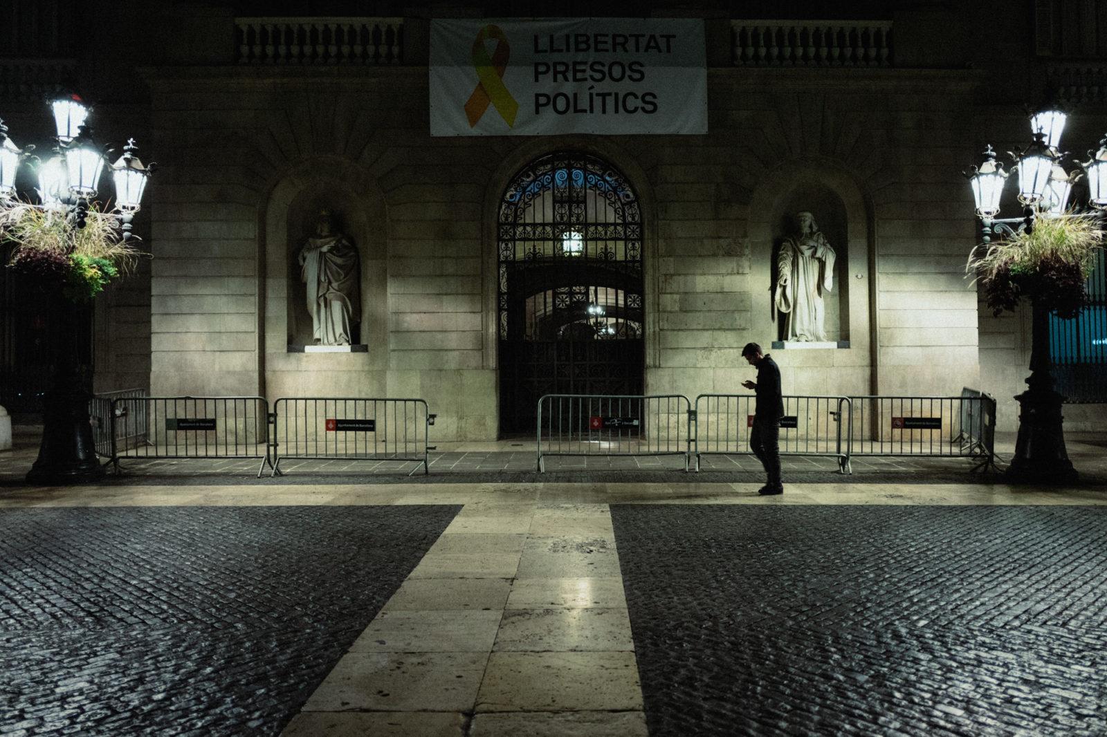 Barcelona Street-1090675